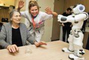 Robot Nao activeert kwetsbare ouderen in Reinier de Graaf ziekenhuis